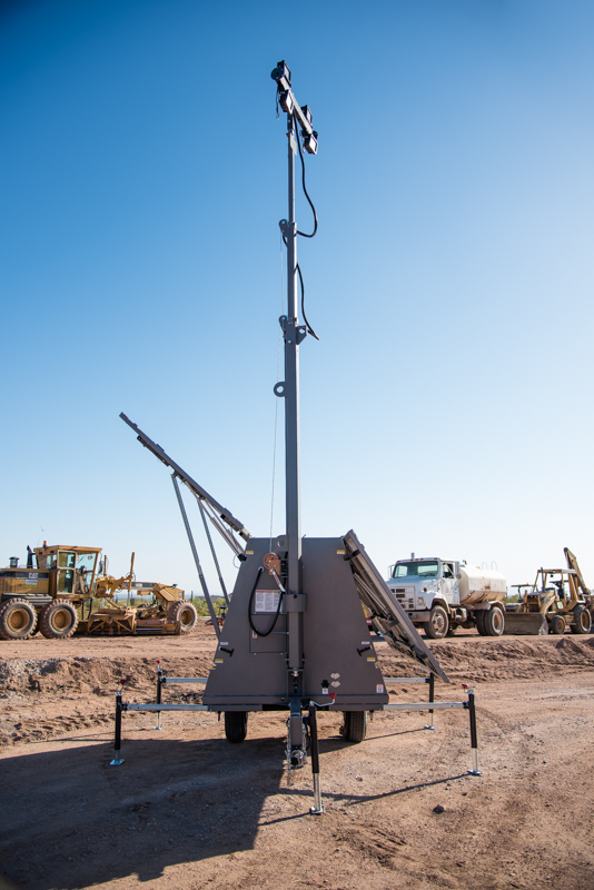 solar light towers for construction